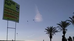 Person, Animal, Flying, Building, Plant, Kite