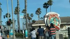 huntington beach, rubys, main street, cops, Police, Pedestrian, Tree, Plant, Arecaceae, Palm Tree, Building, Vacation