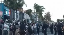 george floyd, Protest, huntington beach, Police, Crowd, Shop, People, Road, Helmet, cops, Protest, Helmet, cops, Protest, cops